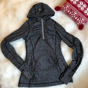 Lululemon cold weather running half zip sz 4